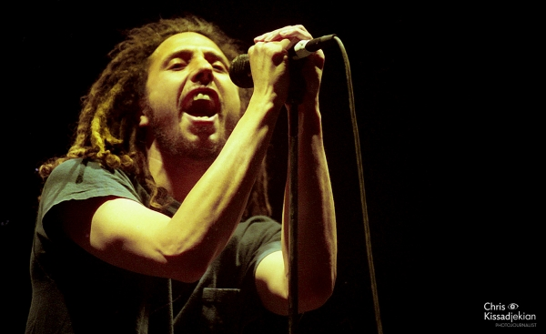 SHOTS FROM THE VAULT: RAGE AGAINST THE MACHINE