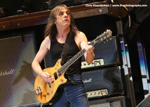 ONE BY ONE EXCERPTS : MALCOLM YOUNG (12-9-2003)