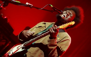 MICHAEL KIWANUKA / THE BLUE SQUARE -  Gazi Music Hall, Αθήνα 30 Σεπτεμβρίου 2017